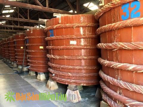 Kho ủ nước mắm truyền thống