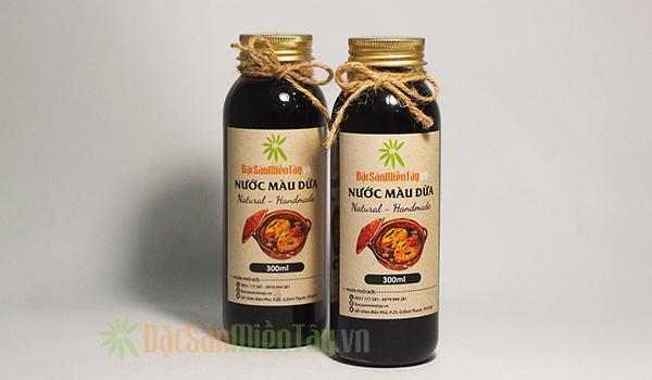 Nước màu dừa đóng chai sang trọng giá 105.000đ/Chai