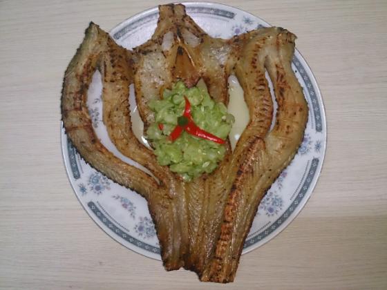 Khô cá lóc biển hồ campuchia nướng