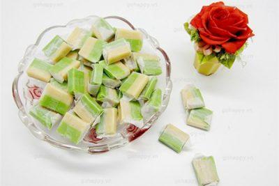 Kẹo dừa có mùi thơm rất đặc biệt càng ăn càng thích.