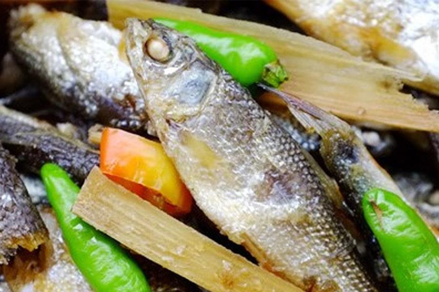 Cá linh kho mía thơm ngon, bắt cơm