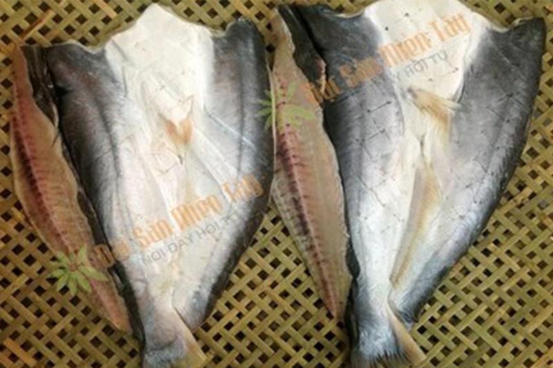 Sản phẩm khô cá dứa chính gốc Cần Giờ tại cửa hàng Đặc sản miền Tây