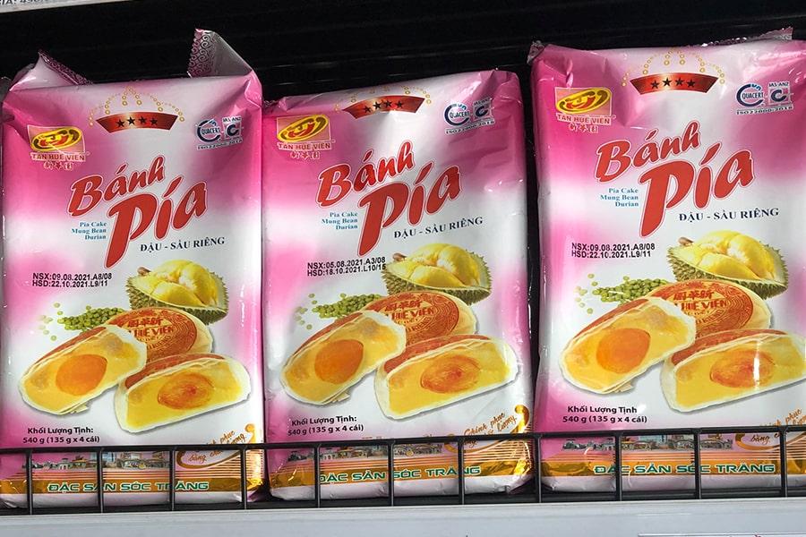 bánh pía Sóc Trăng Tân Huê Viên bị đậu xanh - sầu riêng